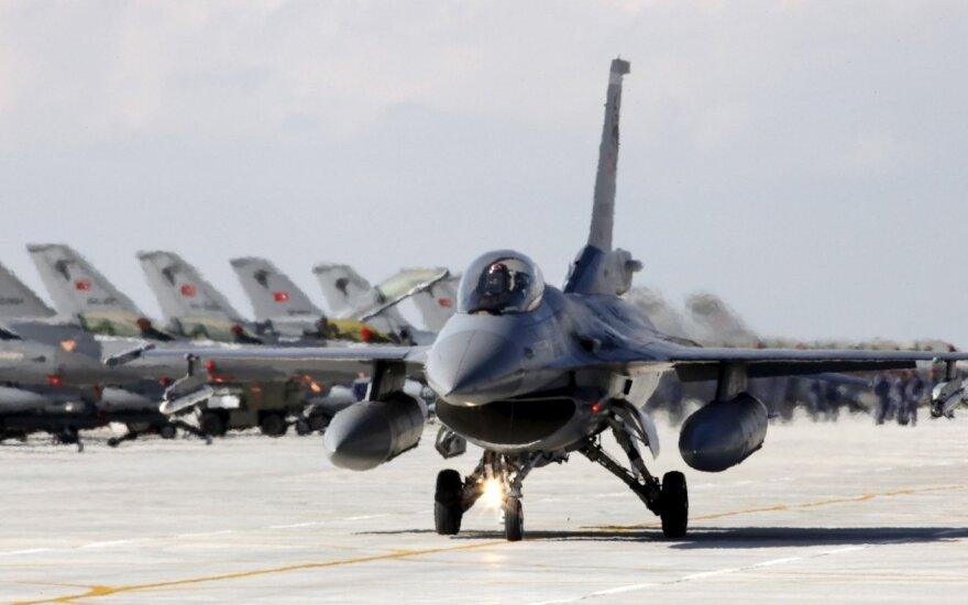 Эксперт: инцидент с Су-24 напоминает времена холодной войны