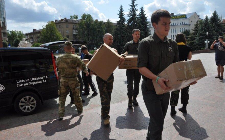 Perduodama Lietuvos parama Ukrainos kariams