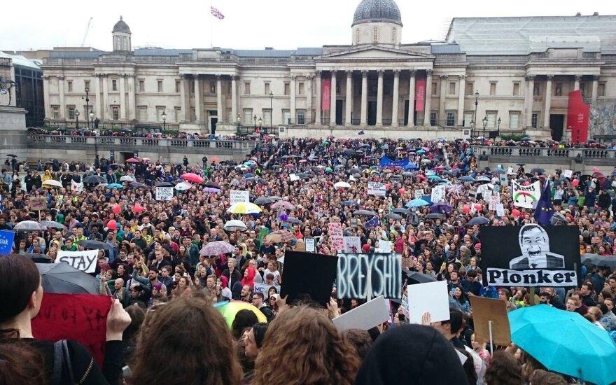 """В Лондоне состоялся первый митинг против """"Брексита"""""""