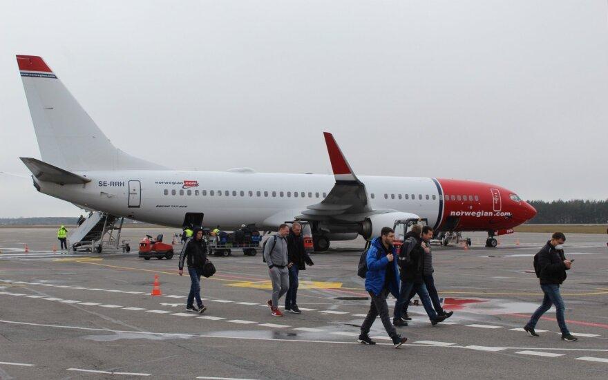 Министр: для возвращения литовцев из Валенсии и Тенерифе заказаны 4 рейса