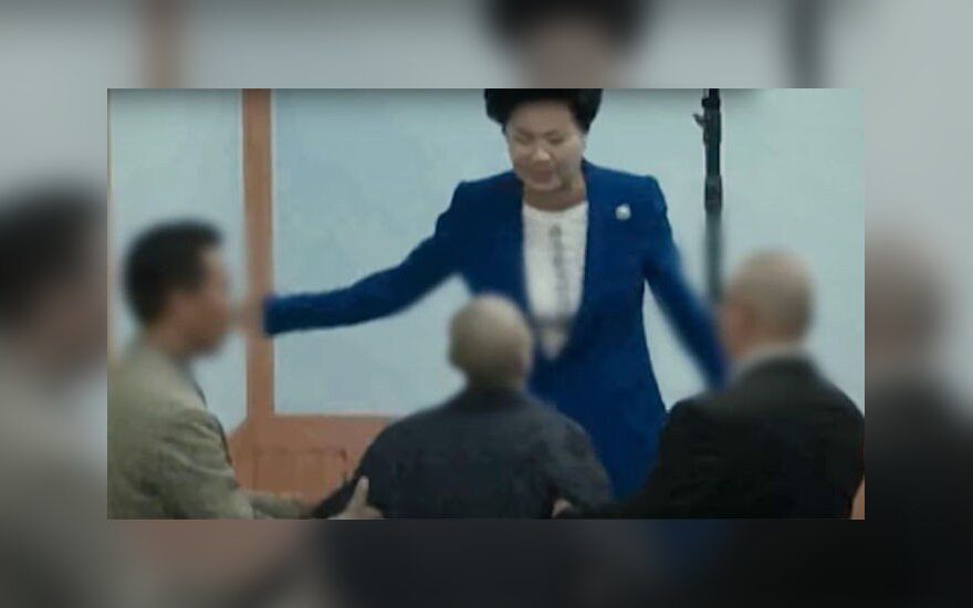Кадр из видео/theguardian.com