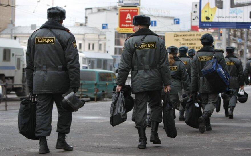 Rusijos vidaus kariuomenė patruliuoja Maskvoje