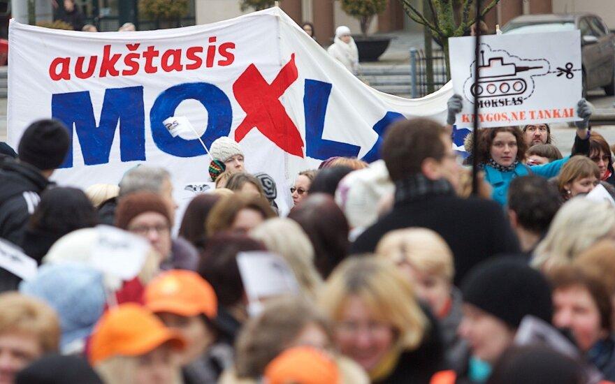 Забастовка педагогов в Литве продолжится