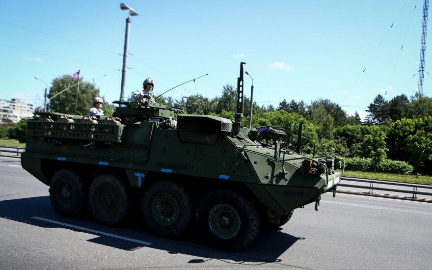 Литовская компания ЛЖД доставит в Литву 145 бронетранспортеров