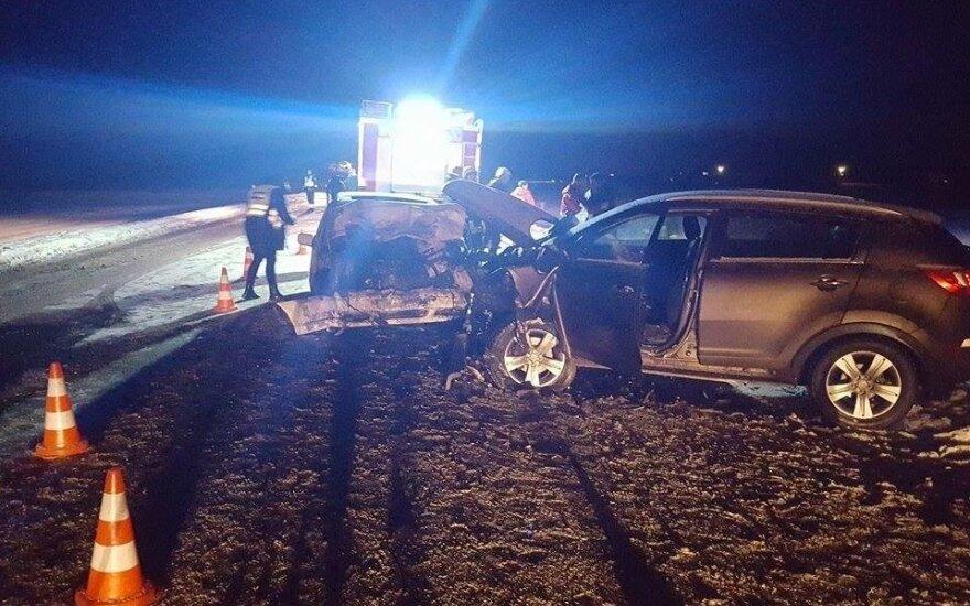 Автомобиль на буксире выехал на встречную полосу, погиб человек