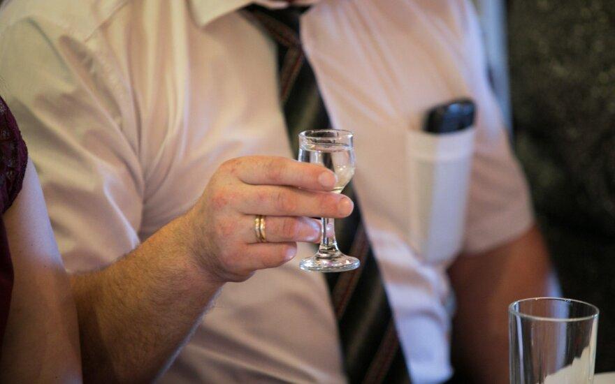 За 10 лет употребление алкоголя в Литве снизилось на 40%