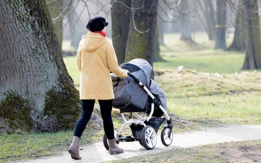 После отпуска по уходу за ребенком – удар от государства