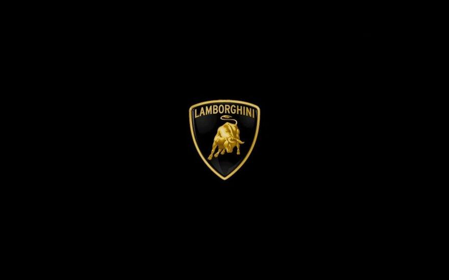 За день до премьеры украли фото новой Lamborghini