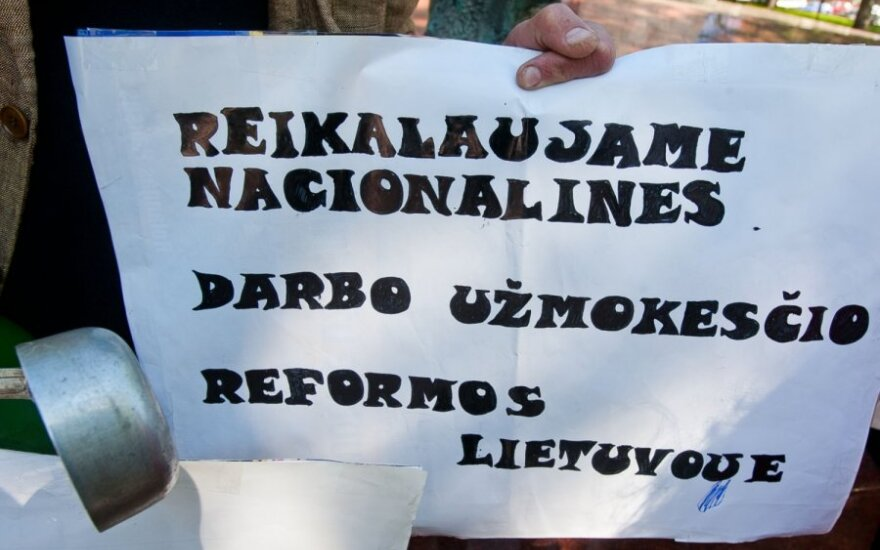 Зарплаты в Литве: две трети работников не зарабатывают и средней зарплаты