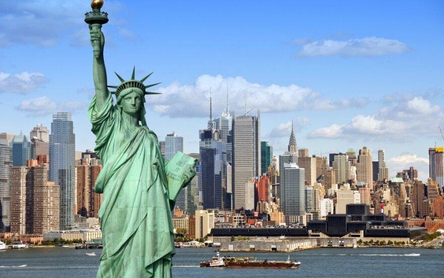 Mer Nowego Jorku: Nie można nikogo pozbawiać prawa do języka. Formy wyborcze dostępne w 10 językach