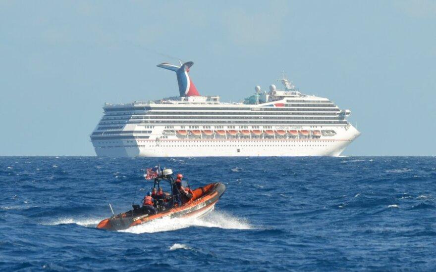 Названа причина пожара на круизном лайнере Carnival Triumph