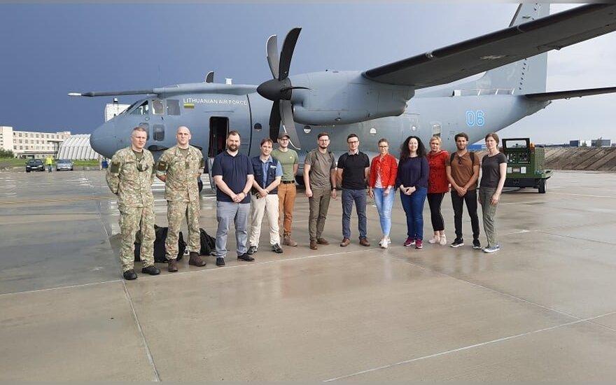 В Армению из Литвы отправилась группа медиков для помощи в борьбе с COVID-19