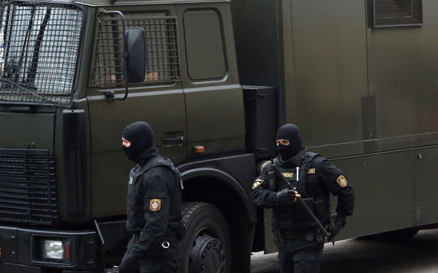 Президенты стран Балтии и Польши призывают власти Беларуси прекратить насилие