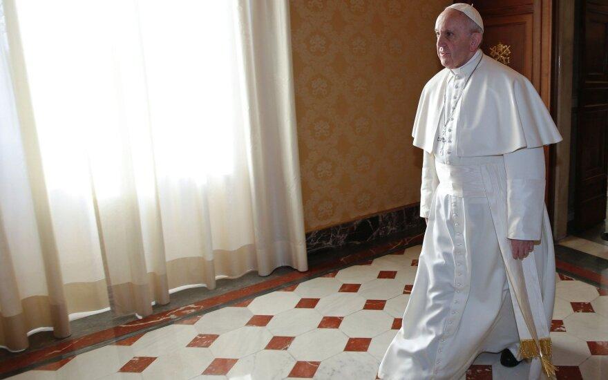Папа римский призвал мировых лидеров не сеять конфликты