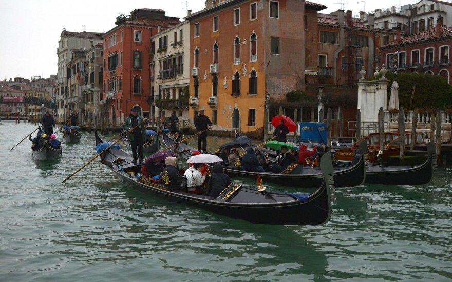 Венеция объявила о новом налоге на въезд в город для туристов: до 10 евро с человека в день