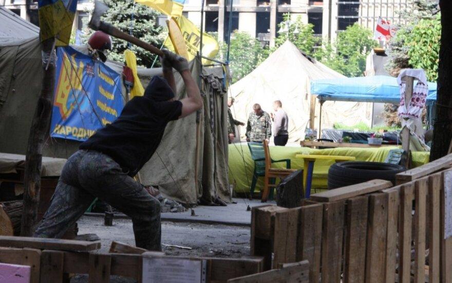Вглубь Украины: боязнь войны, рост цен и лидирующий кандидат