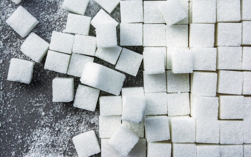 Немецкие врачи потребовали от Меркель налога на сахар