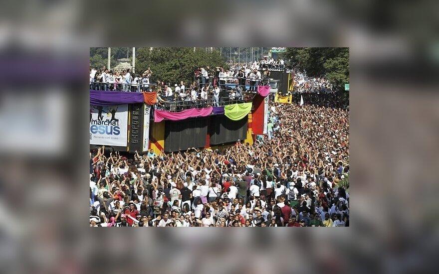 Бразилия: миллион человек участвует в марше во имя Христа