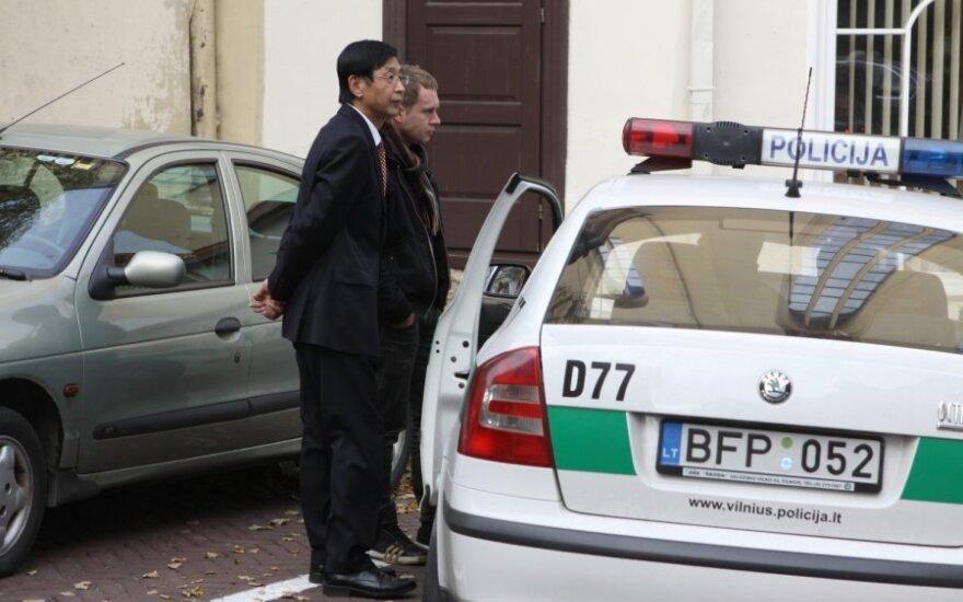 Посла Китая на мероприятие привез пьяный водитель