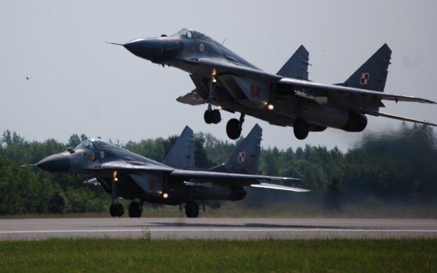 Латвия не одобряет предложение Эстонии о ротации миссии воздушной полиции