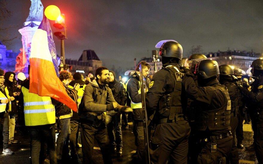 """""""Желтые жилеты"""": 13-й раунд протестов начался со столкновений"""