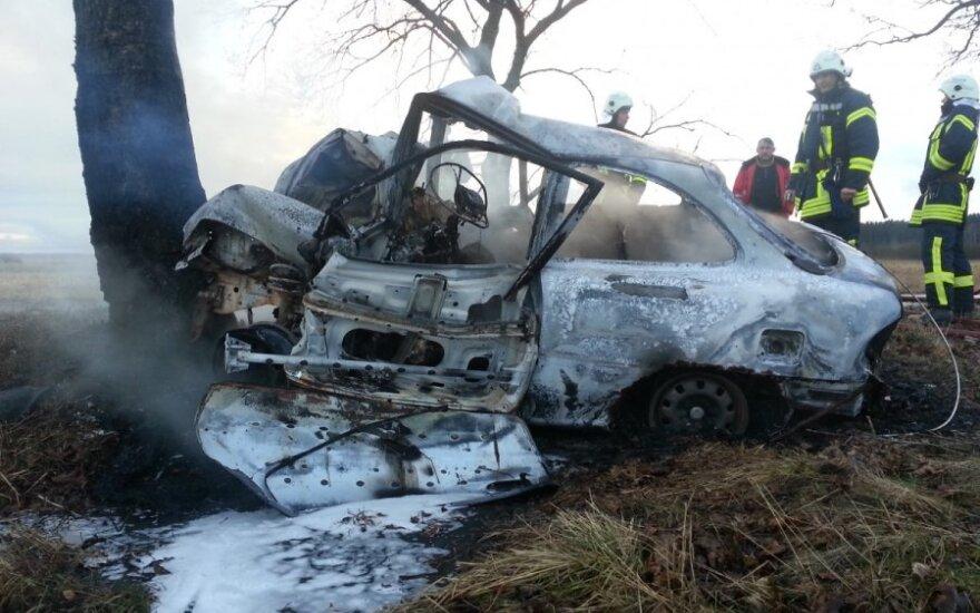 Страшная авария в Шилуте: погибли два человека