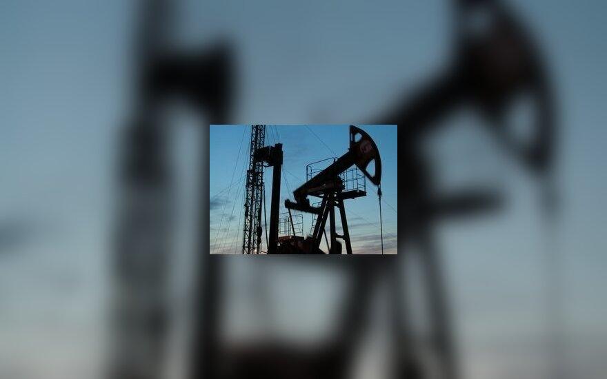 Нефть почти добралась до отметки $50