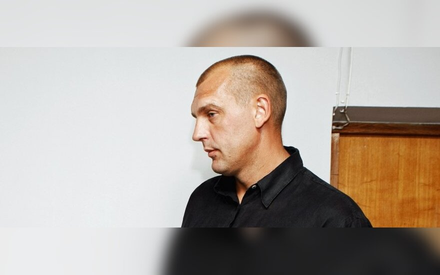 В клайпедском кафе пьяный Эйникис обозвал женщину крысой