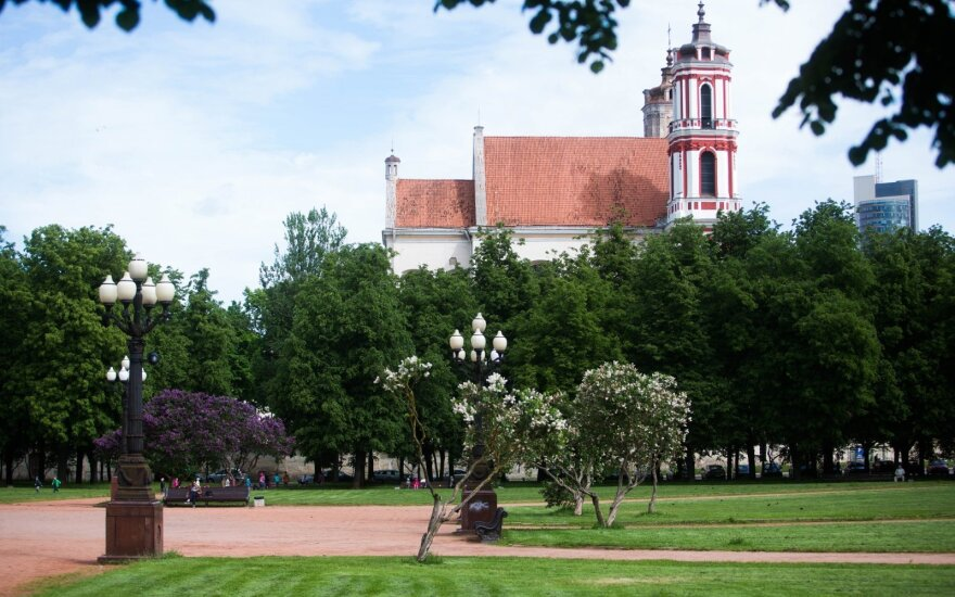 Koszta rekonstrukcji placu Łukiskiego obcięto siedmiokrotnie