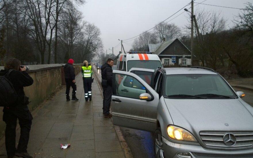 Во время ДТП в Вильнюсе пострадала 10-летняя девочка, виновник ДТП явился в полицию