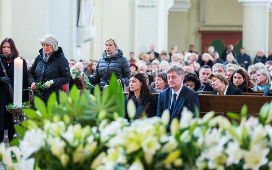 В Вильнюсе состоялись похороны министра здравоохранения Юраса Пожeлы