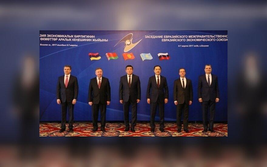 Премьер Беларуси пожаловался на дорогой газ и получил отпор от Медведева