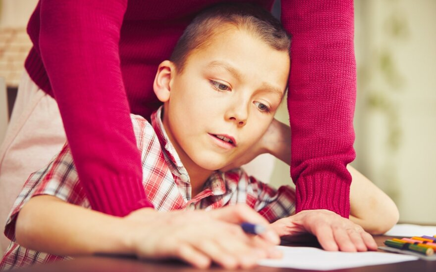В Литве разрешили обучать детей на дому