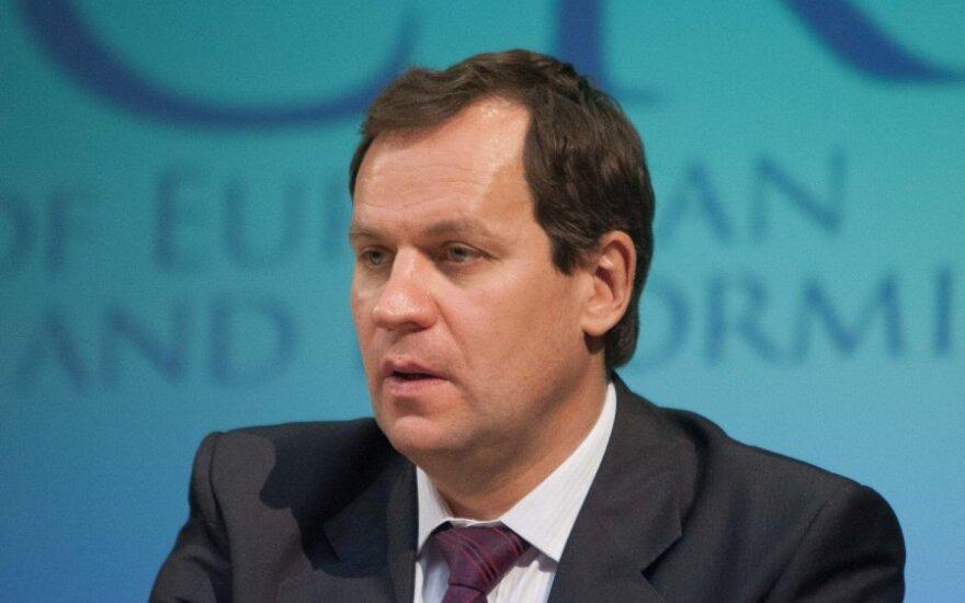 Томашевский: с введением евро спешить не стоит