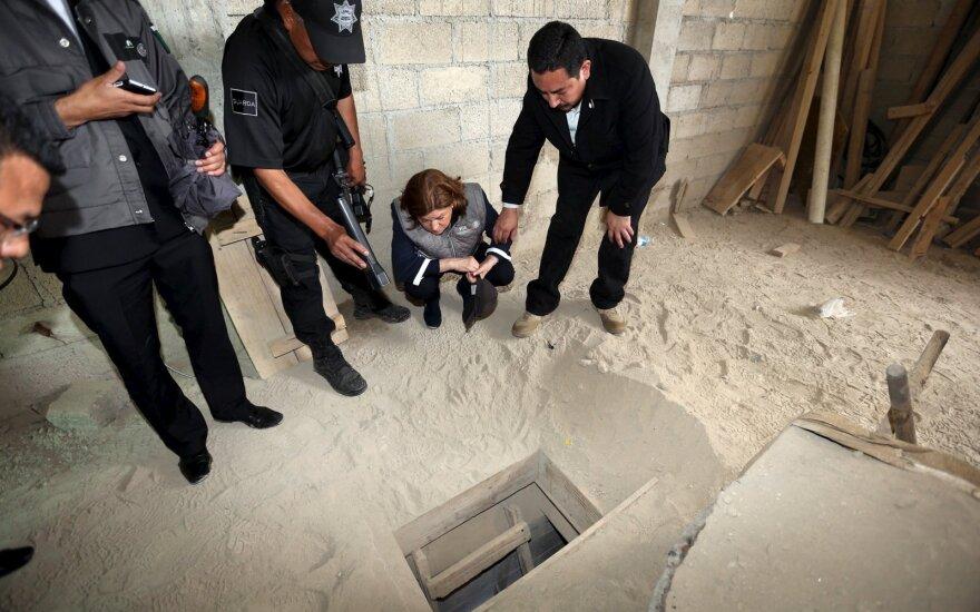 Iš griežčiausios apsaugos kalėjimo pabėgo Joaquinas Guzmanas, pravarde El Chapo, pradėtos didelio masto gaudynės