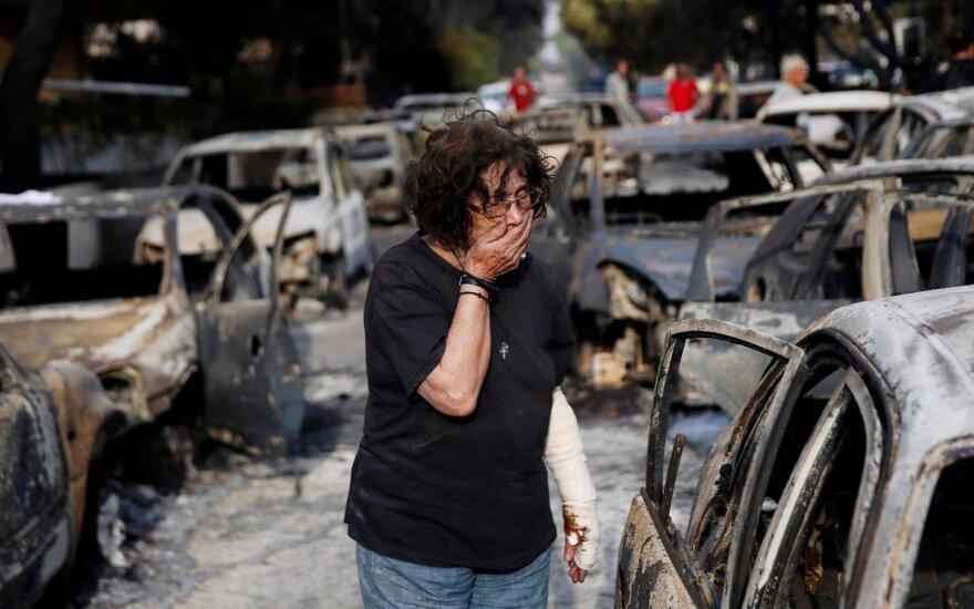 Из-за лесных пожаров в Греции погибли не менее 50 человек