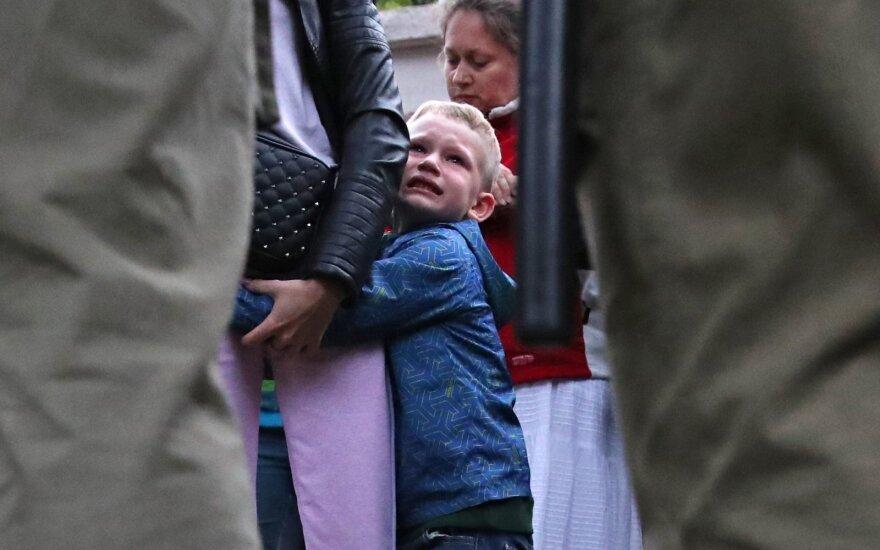 Беларусь: власти угрожают тем, кто выходит на акции с детьми