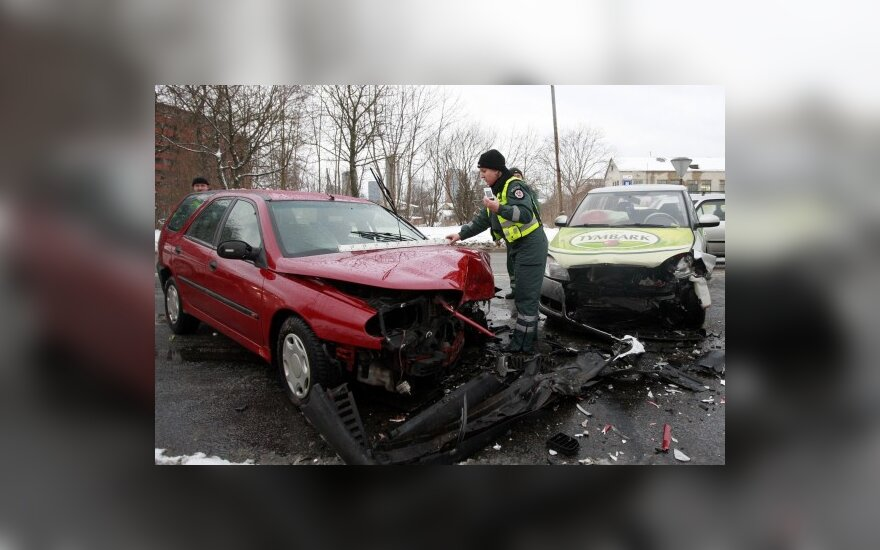 Авария в Вильнюсе – серьезно пострадали три человека
