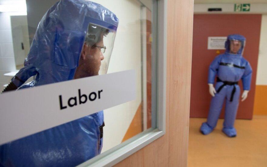 В Либерии разгромили карантинный центр для больных лихорадкой Эбола