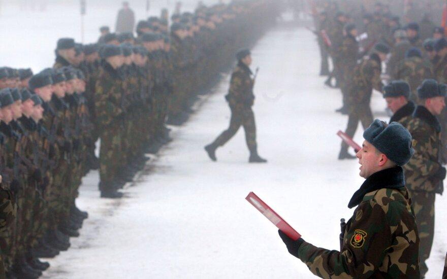 Россия готовит 400 офицеров для Беларуси