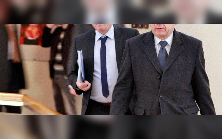 Кубилюс предлагает объявлять вотум недоверия не министрам, а всему правительству