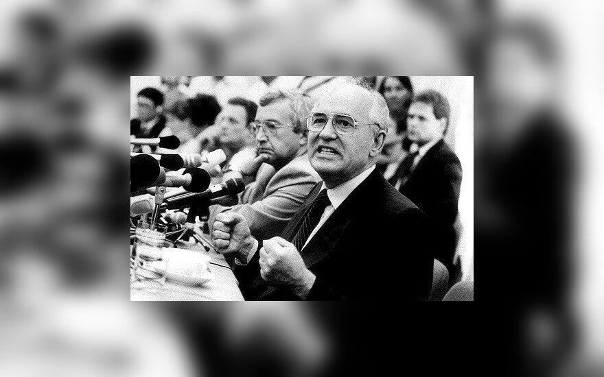 25 лет назад Горбачев ввел экономическую блокаду Литвы со стороны СССР