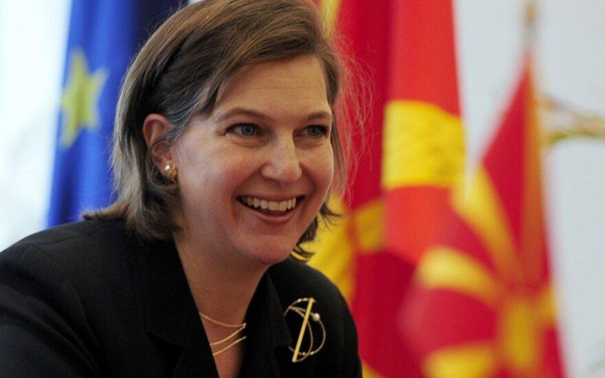 США: разговор Нуланд вероятно перехватили на Украине