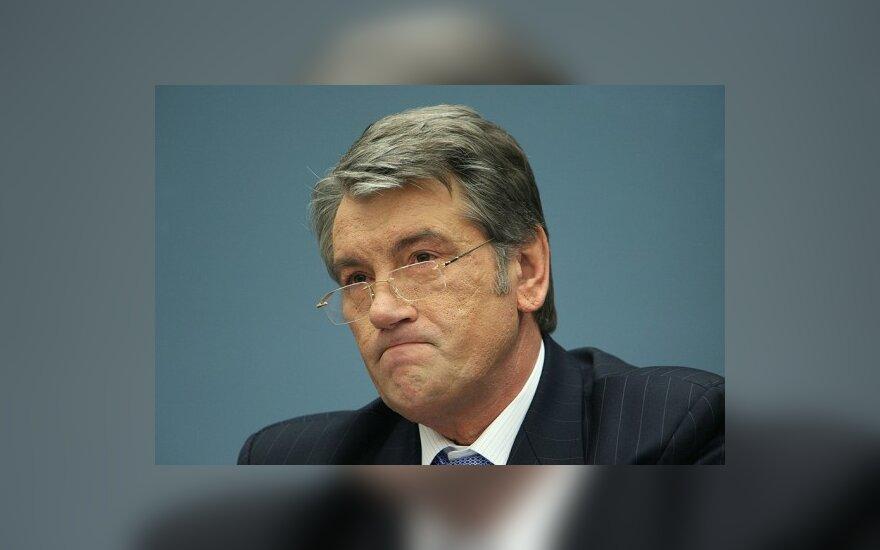 Ющенко не советует Европе мирить его с Тимошенко
