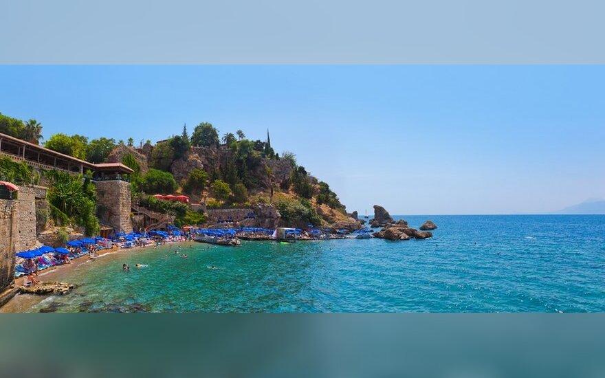 Vienas iš Antalijos paplūdimių (Turkija)