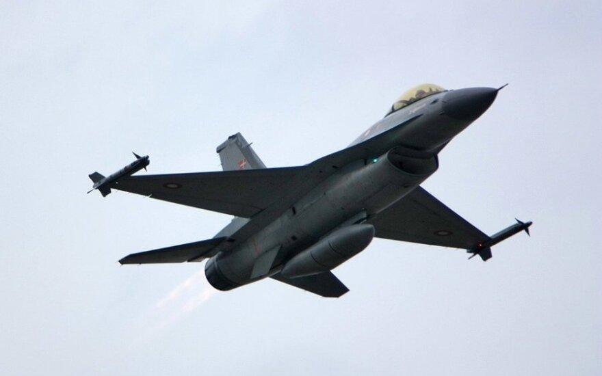 Норвегия направит свои F-16 на патрулирование неба Балтии
