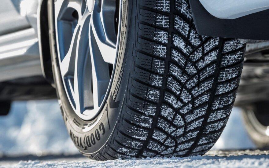 Осенью количество ДТП сокращается с переходом водителей на зимнюю резину