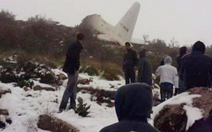 Alžyre nukrito lėktuvas