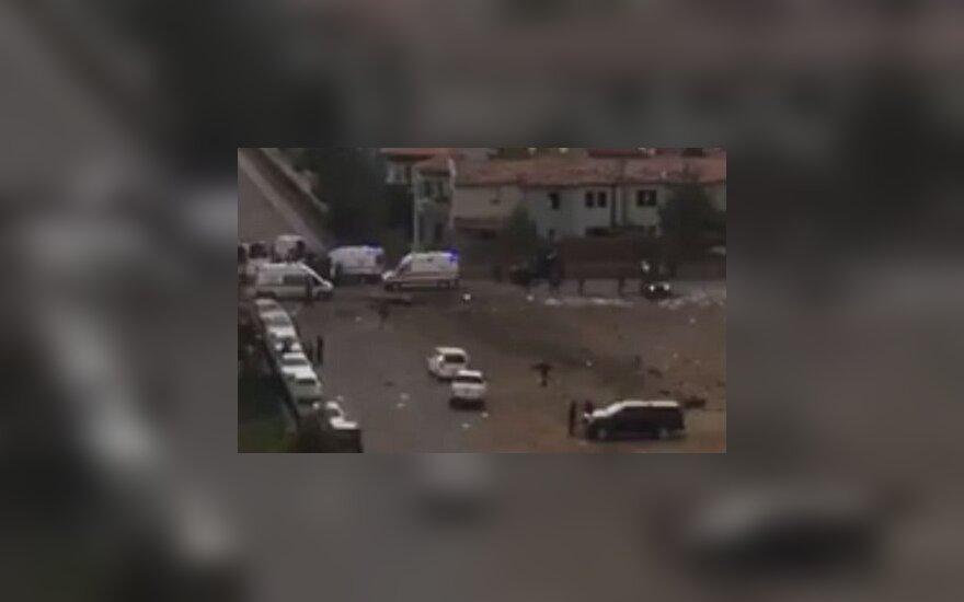 В результате взрыва в Турции погибли четверо полицейских