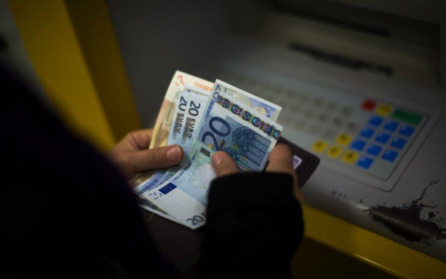 Жители Литвы оценили свое финансовое положение: где-то посередке